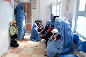 Women wait to get their children vaccinated in a hospital in Guzzarah district of Herat province. © UNICEF/Afghanistan/2013/Farzana Wahidi