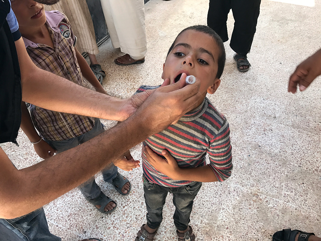 Children living in Raqqa, Syria, were immunized to rapidly raise population immunity, and stop the virus in its tracks. ©WHO Syria