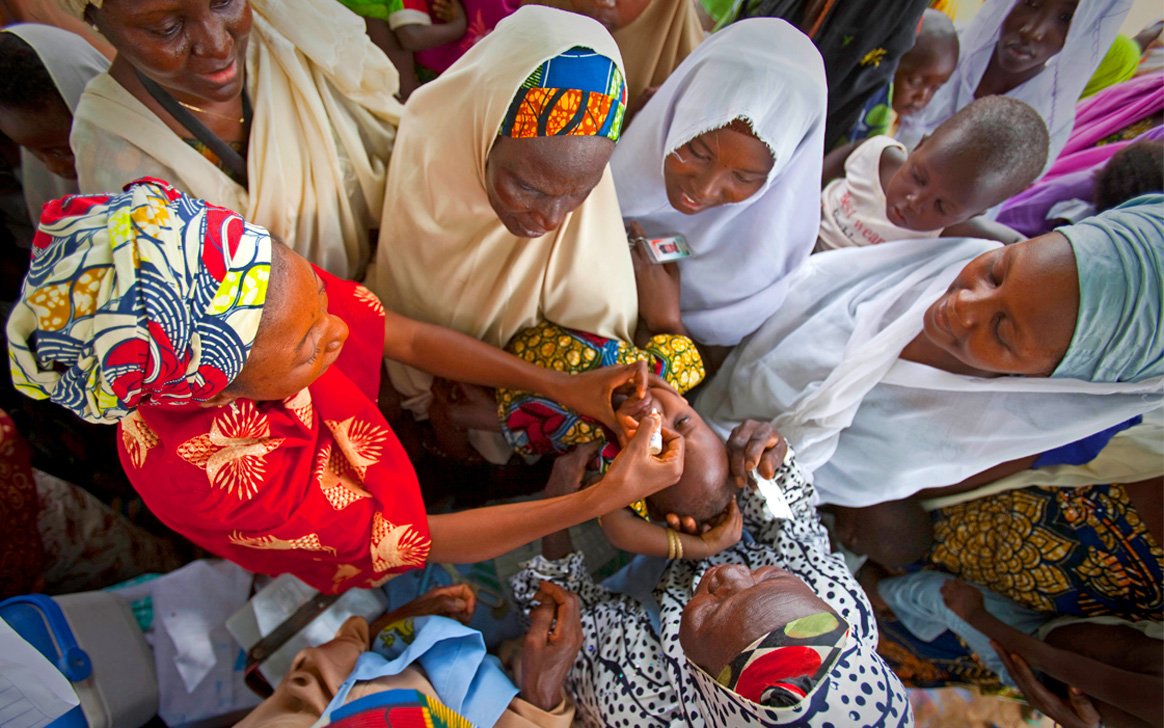 Women are on the front lines of polio eradication. ©UNICEF Somalia