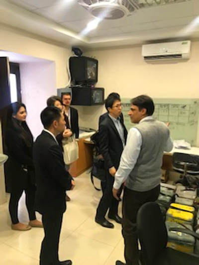 Representatives from JICA and the Embassy of Japan touring the Pakistan Regional Polio Lab facilities. ©WHO/Pakistan