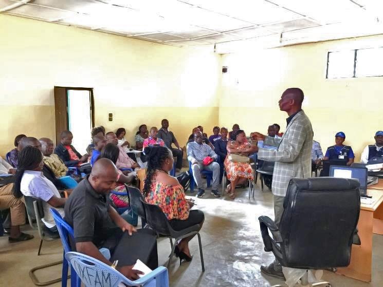 Orientation session on mOPV2 safe handling in Likasi, Haut Katanga province. © WHO/DRC