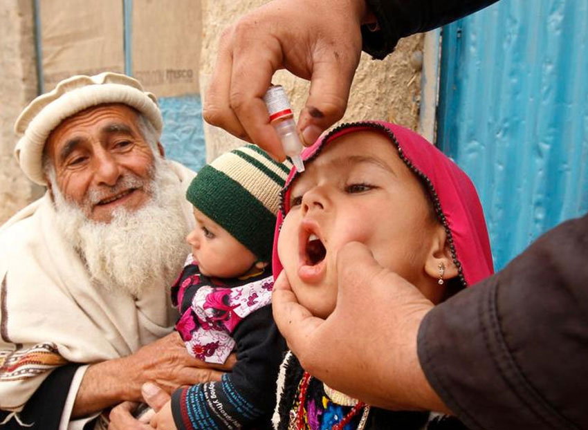 The Emirates Polio Campaign works with communities at risk for polio. Through coordinated efforts, the Campaign provides vaccines along with food aid, sanitation and infrastructure projects. © WHO